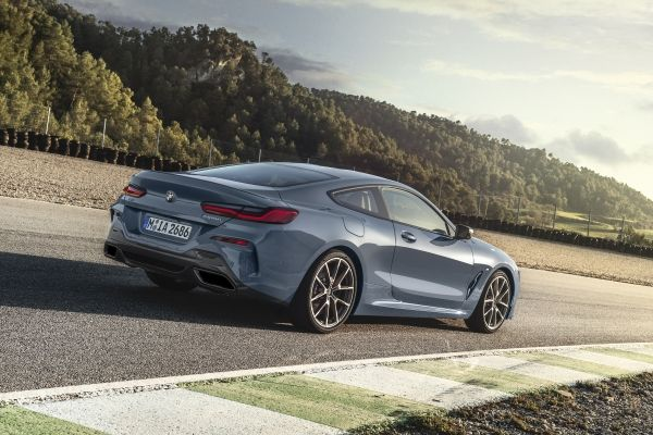 P90306594 lowRes the all new bmw 8 se